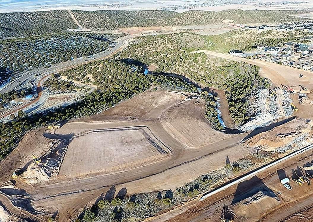 Lot 32 1002 S Cliffs Dr - Photo 1