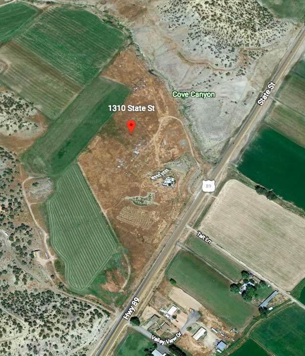 1310 S State St, Orderville, UT 84758 (MLS #21-226081) :: Diamond Group
