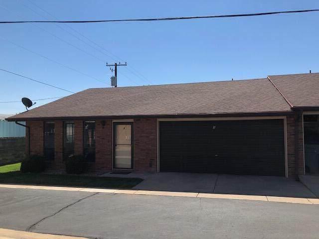 55 W 400 S #8, St George, UT 84770 (MLS #21-226374) :: Kirkland Real Estate | Red Rock Real Estate
