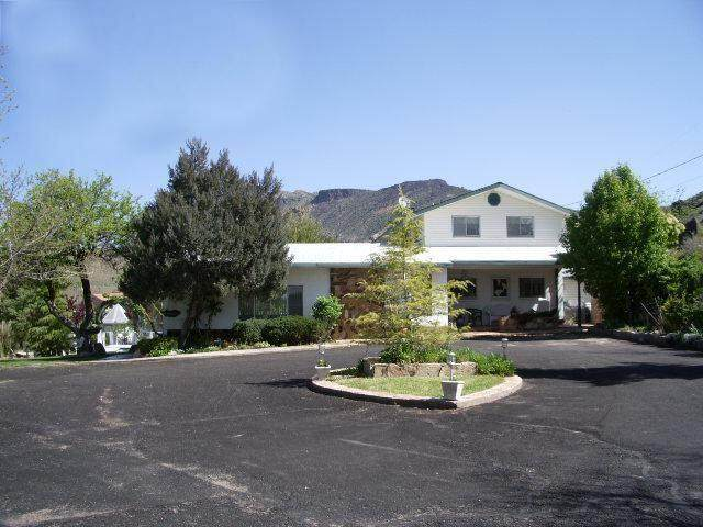 476 Spring Dr, Toquerville, UT 84774 (MLS #21-226945) :: Team SURGE @ KW St. George