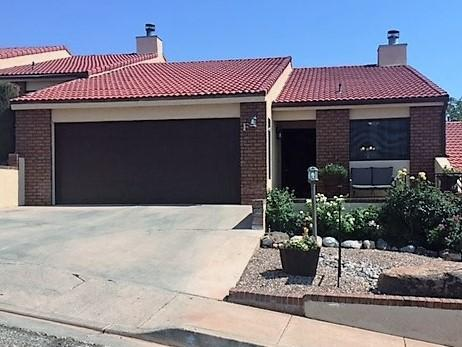 250 S Donlee Dr #F, St George, UT 84770 (MLS #17-185947) :: Remax First Realty