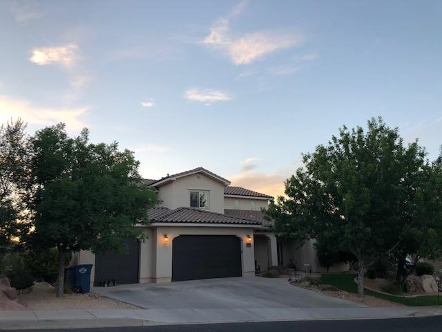 3390 S Desert Hills, St George, UT 84790 (MLS #18-195021) :: The Real Estate Collective