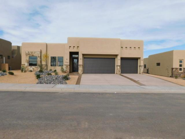 4747 N White Rocks Dr, St George, UT 84770 (MLS #18-199644) :: The Real Estate Collective