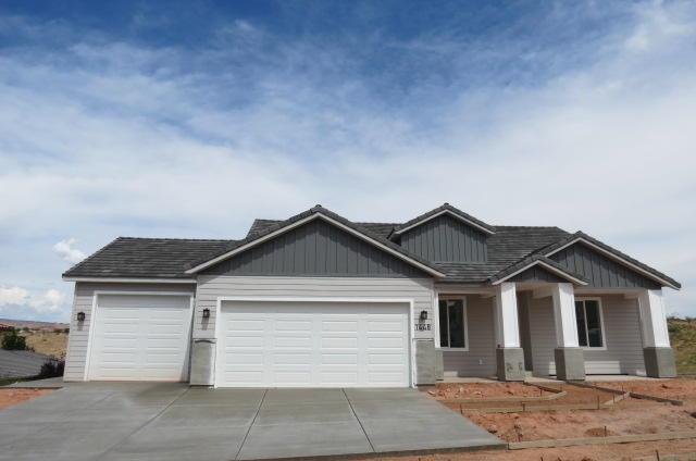 1448 Boomers Lp W, Santa Clara, UT 84765 (MLS #19-203965) :: Diamond Group