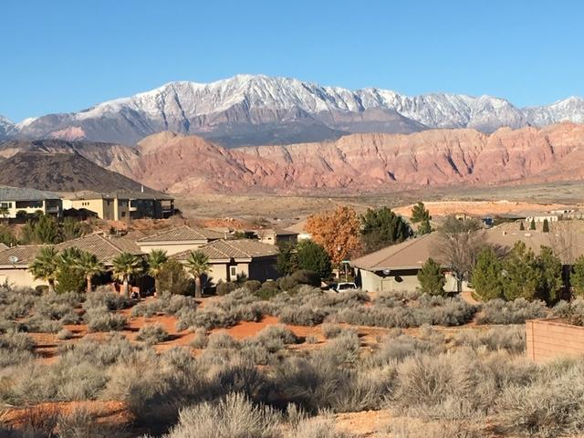 1138 W Birchwood Dr, Washington, UT 84780 (MLS #19-204160) :: The Real Estate Collective
