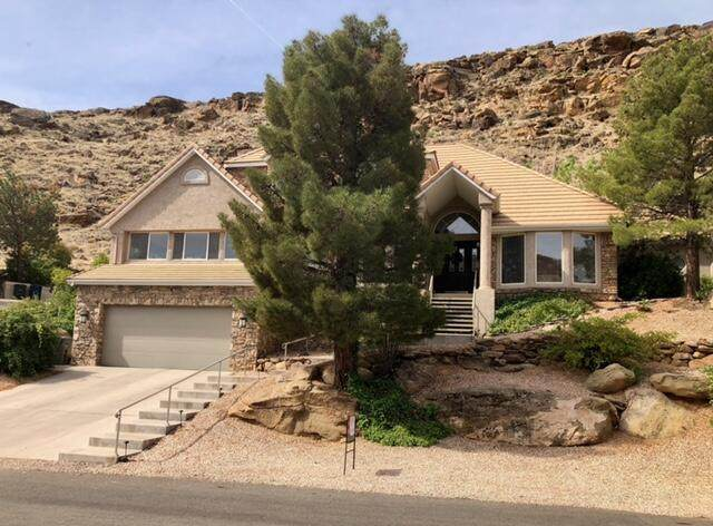 1557 Montezuma Cir, St George, UT 84790 (MLS #21-221221) :: eXp Realty