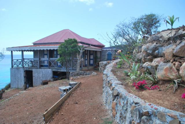 94 Water Island Ss, St. Thomas, VI 00802 (MLS #18-1178) :: Coldwell Banker Stout Realty