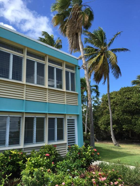 1 & 2 Smith Bay Ee, St. Thomas, VI 00802 (MLS #18-473) :: Coldwell Banker Stout Realty