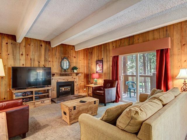 700 Snowberry Lane #201, Breckenridge, CO 80424 (MLS #S1013861) :: Colorado Real Estate Summit County, LLC