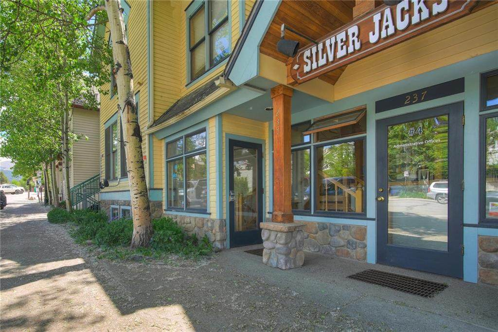 237 Ridge Street - Photo 1