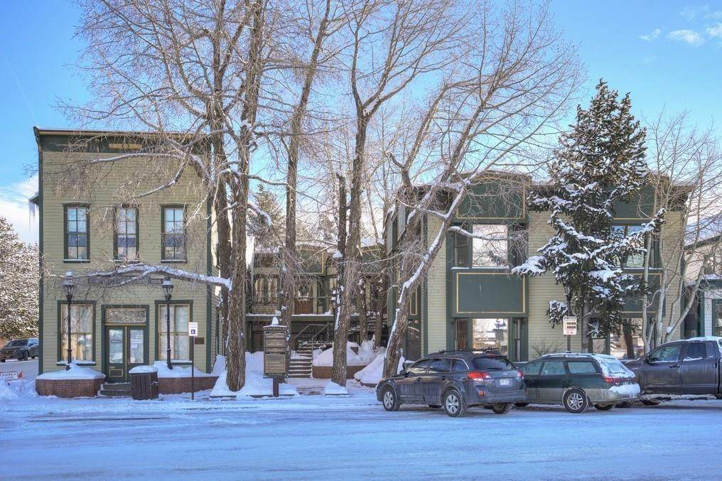 100 Ridge Street - Photo 1