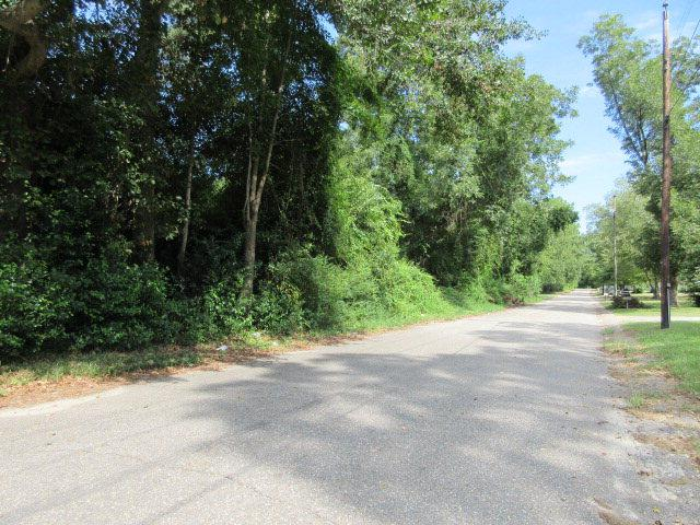 956 Meadowbrook Rd., Sumter, SC 29150 (MLS #129842) :: The Litchfield Company