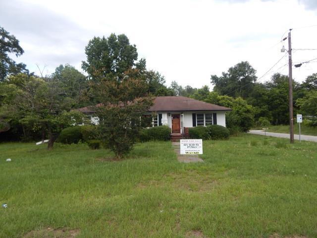 825 Boulevard Road, Sumter, SC 29150 (MLS #140764) :: Gaymon Gibson Group