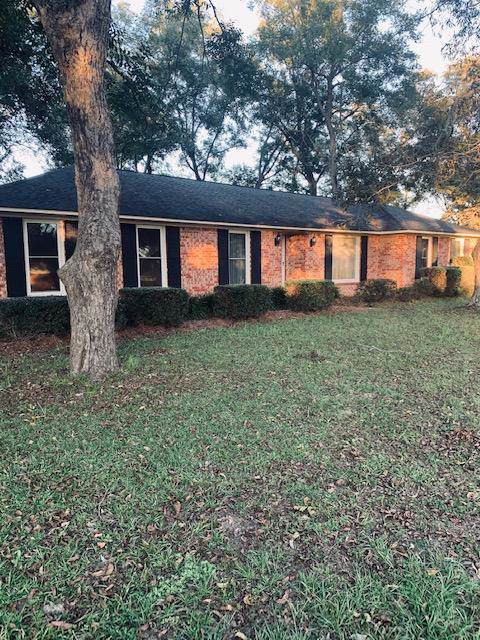 1434 Heritage Drive, Manning, SC 29102 (MLS #142324) :: The Litchfield Company