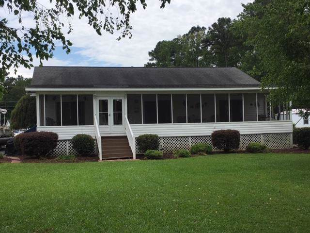 1279 Blackberry Bush Rd, Summerton, SC 29148 (MLS #142636) :: Gaymon Gibson Group