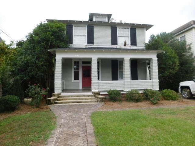 216 W. Calhoun Street - Photo 1