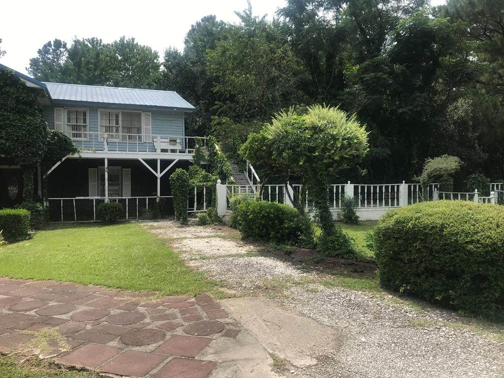 2122 Cains Mill - Photo 1