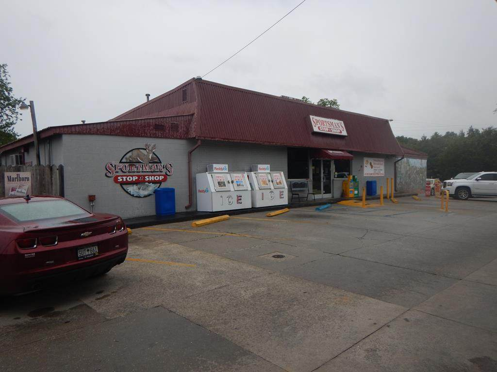 2810 Highway 15 South - Photo 1