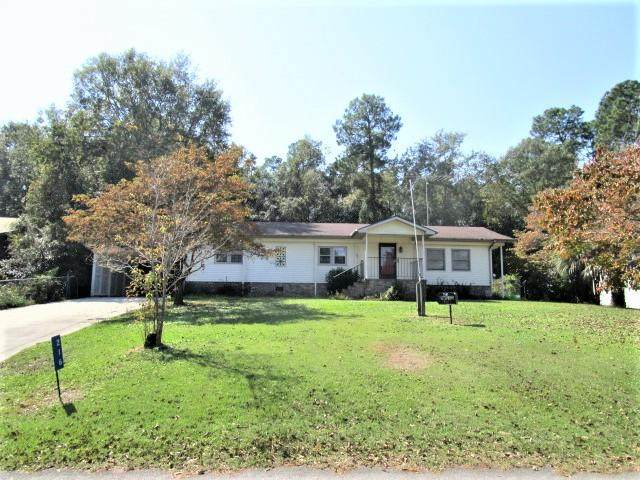 216 Belvedere Dr, Eutawville, SC 29048 (MLS #145490) :: The Litchfield Company