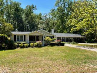 2467 Stone Road, Manning, SC 29102 (MLS #147381) :: The Latimore Group