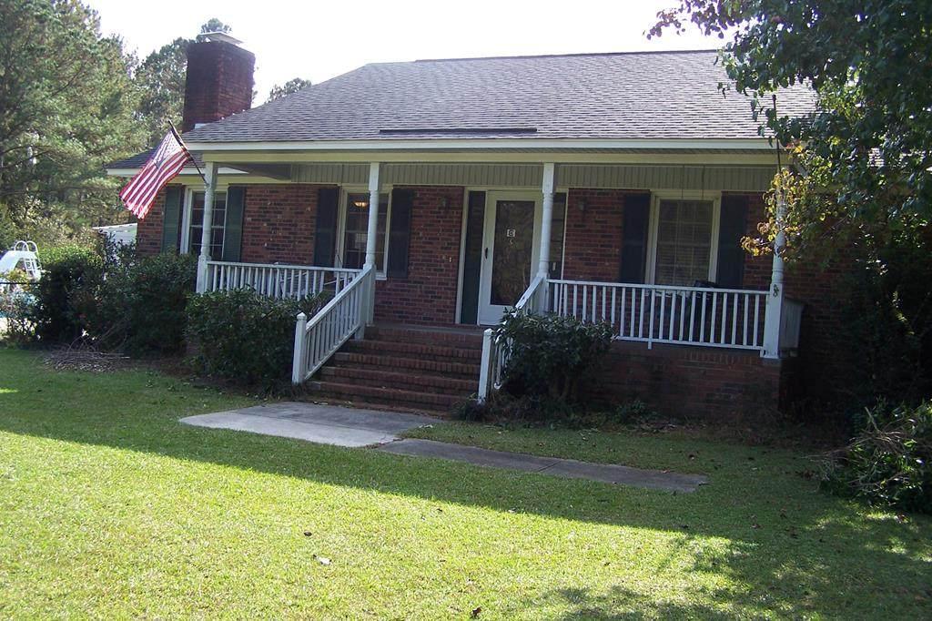 7560 Greeleyville Hwy - Photo 1