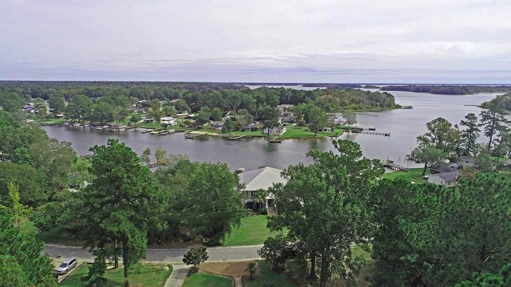 2024 Lake Marion Shores Rd - Photo 1