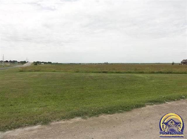 3500 Windsor Cir, Emporia, KS 66801 (MLS #204165) :: Stone & Story Real Estate Group