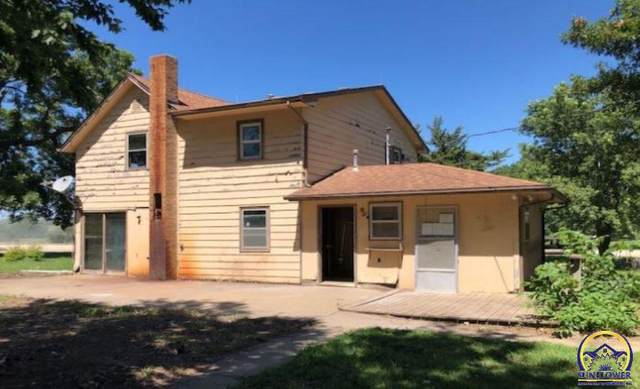 14031 222nd Rd, Holton, KS 66436 (MLS #214791) :: Stone & Story Real Estate Group