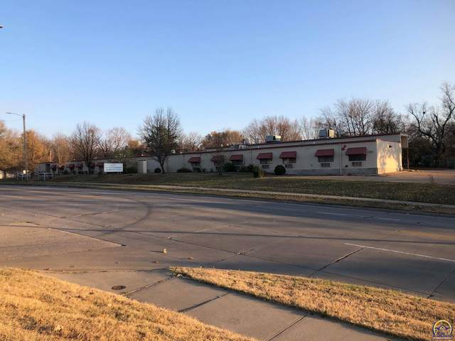 1821 SE 21st St, Topeka, KS 66607 (MLS #215994) :: Stone & Story Real Estate Group