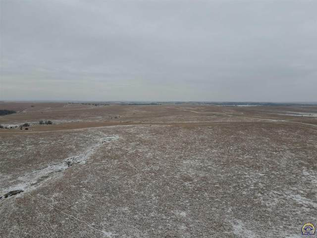 1 Rd, Wamego, KS 66547 (MLS #216946) :: Stone & Story Real Estate Group