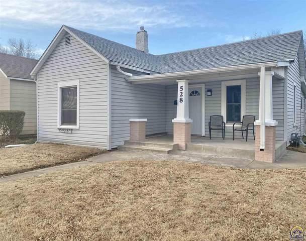 528 NE Sardou Ave, Topeka, KS 66618 (MLS #217277) :: Stone & Story Real Estate Group