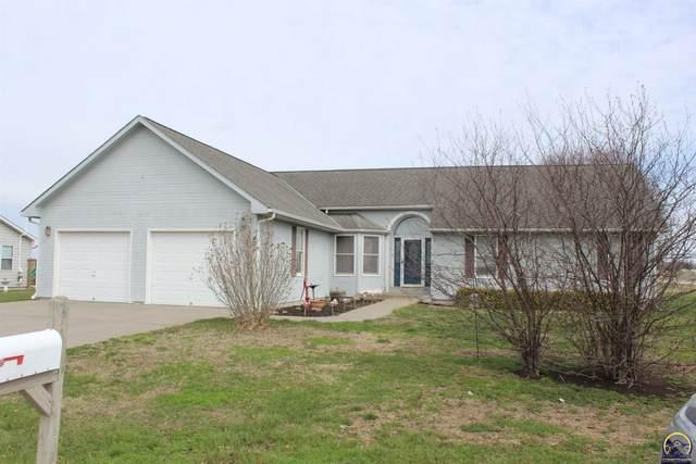 434 Van Buren St, Osage City, KS 66523 (MLS #217648) :: Stone & Story Real Estate Group