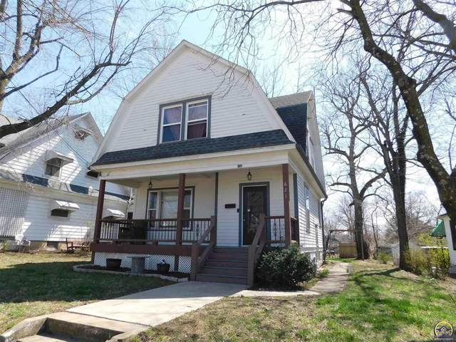 621 W Fifth St, Holton, KS 66436 (MLS #217726) :: Stone & Story Real Estate Group