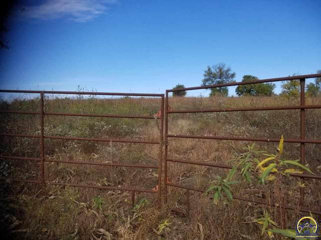 SW 81st St, Auburn, KS 66402 (MLS #217819) :: Stone & Story Real Estate Group