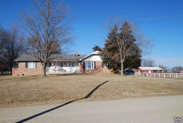 305 E Warren St, Oskaloosa, KS 66066 (MLS #217834) :: Stone & Story Real Estate Group