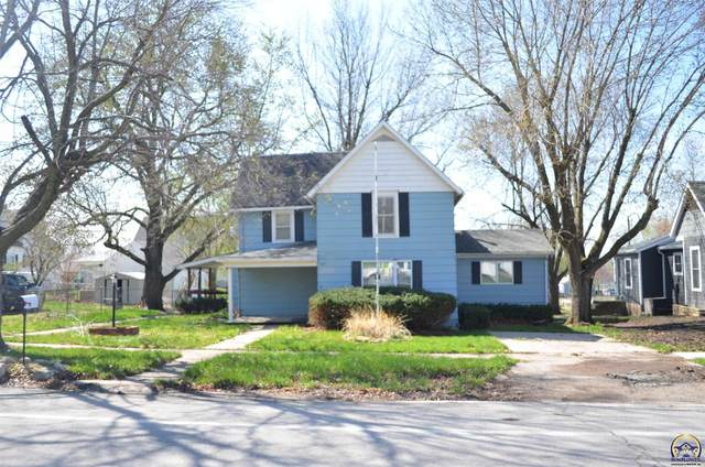 407 John Riggins Ave, Centralia, KS 66415 (MLS #217908) :: Stone & Story Real Estate Group