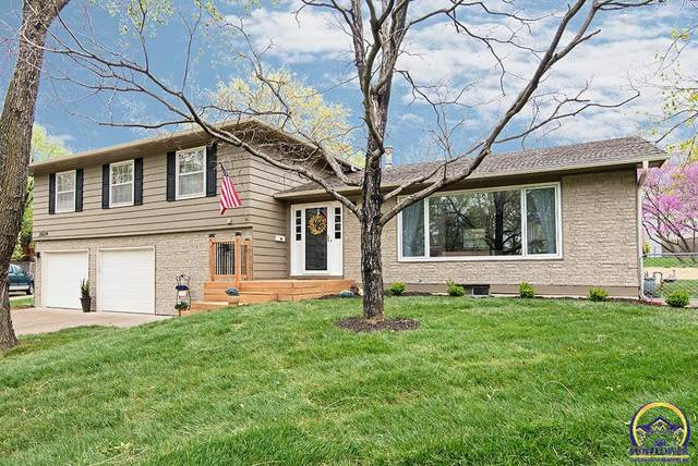 2624 Bardith Ct, Lawrence, KS 66046 (MLS #217923) :: Stone & Story Real Estate Group