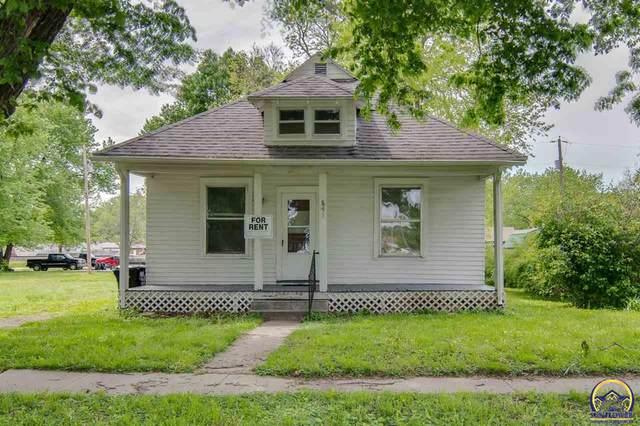 541 Orange St, Rossville, KS 66533 (MLS #217927) :: Stone & Story Real Estate Group