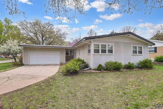 2901 SW Lane St, Topeka, KS 66611 (MLS #218014) :: Stone & Story Real Estate Group