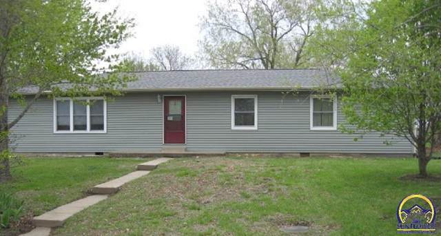 5210 NW Melba Dr, Topeka, KS 66618 (MLS #218029) :: Stone & Story Real Estate Group