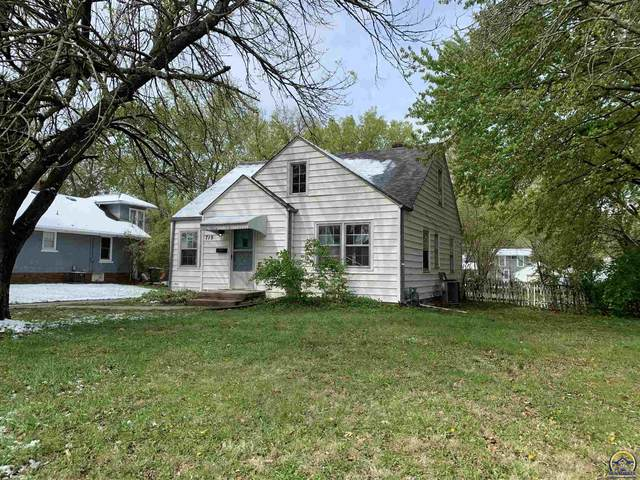 719 SW Watson Ave, Topeka, KS 66606 (MLS #218066) :: Stone & Story Real Estate Group