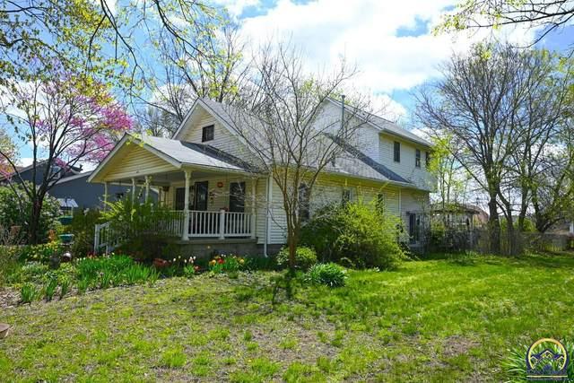 317 Market, Osage City, KS 66523 (MLS #218248) :: Stone & Story Real Estate Group