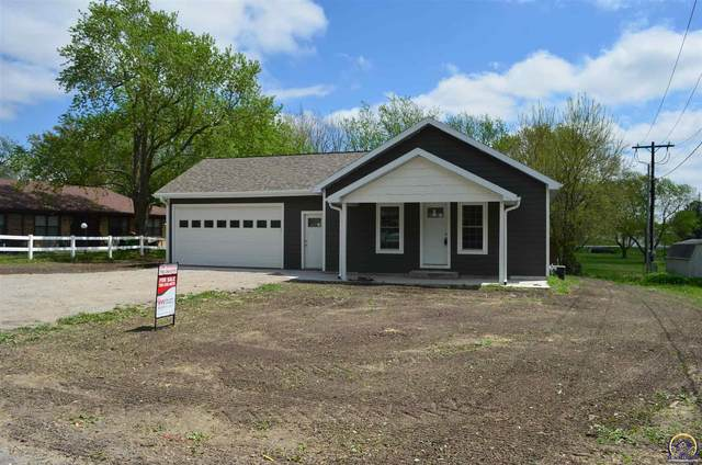 804 3rd St., Centralia, KS 66415 (MLS #218276) :: Stone & Story Real Estate Group