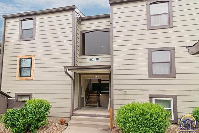 1317 Westbrooke, Lawrence, KS 66049 (MLS #218278) :: Stone & Story Real Estate Group