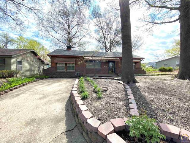 1410 Summit St, Lawrence, KS 66044 (MLS #218296) :: Stone & Story Real Estate Group
