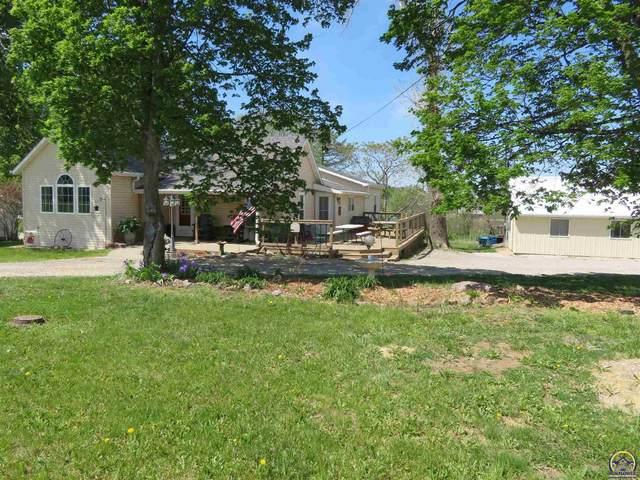 206 E Jefferson St, Oskaloosa, KS 66066 (MLS #218312) :: Stone & Story Real Estate Group