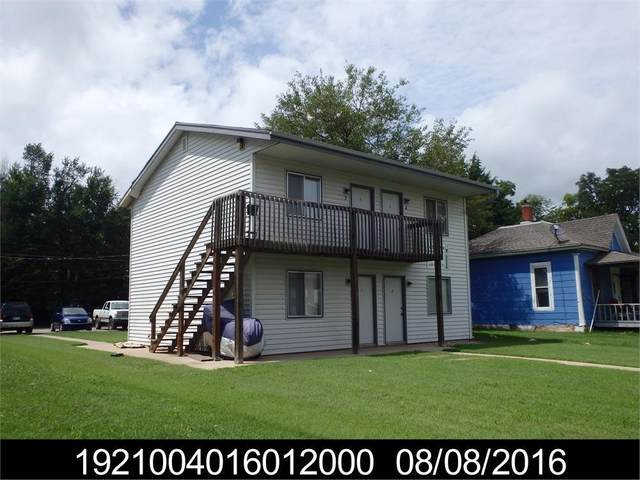 911 Sylvan St, Emporia, KS 66801 (MLS #218318) :: Stone & Story Real Estate Group