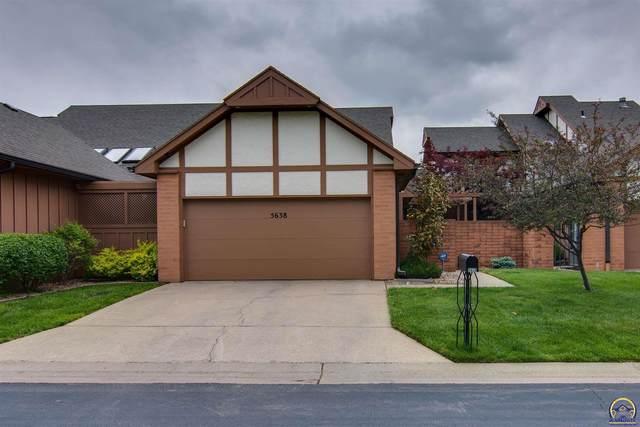 5638 SW Hawick Ln, Topeka, KS 66614 (MLS #218479) :: Stone & Story Real Estate Group