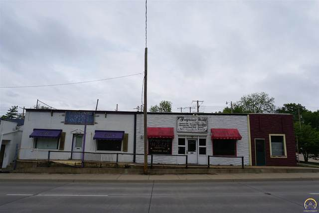 3414 SW 6th Ave, Topeka, KS 66606 (MLS #218685) :: Stone & Story Real Estate Group