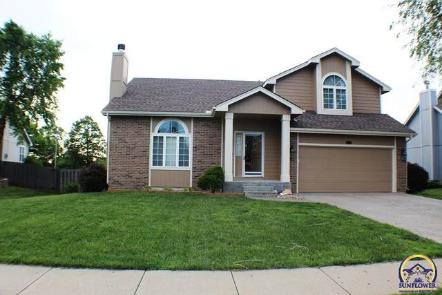 2522 SW Windermere Ct, Topeka, KS 66614 (MLS #219139) :: Stone & Story Real Estate Group